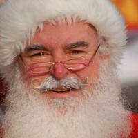 Smutny świąteczny sondaż: Większość dzieci nie wierzy, że Mikołaj jest przebrany