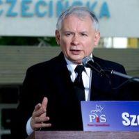 Szok w Platformie. Jarosław Kaczyński w tajemnicy zapisał się do PO i może wystartować na szefa partii